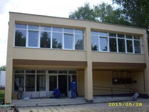 Szolgáltatóház